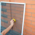 cleaning window screens before winter